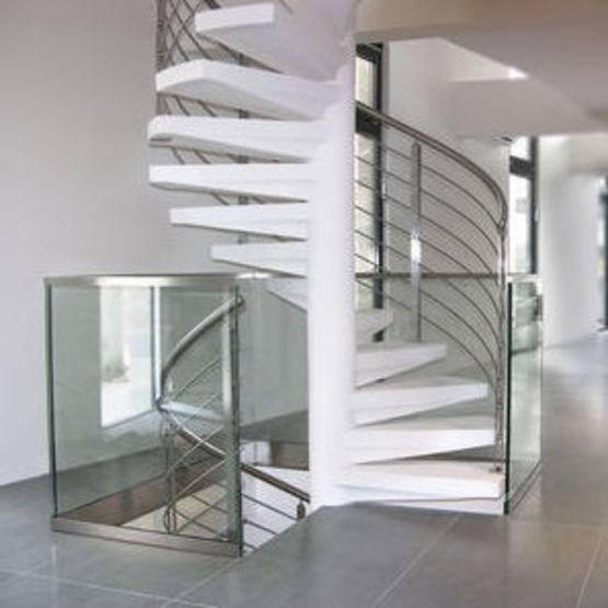 Comment la rénovation des escaliers peut tout changer dans votre intérieur ?